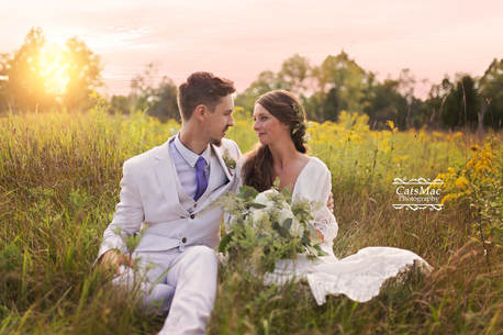 bride groom field sunset yellow